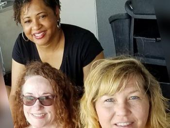 Elgin-Smiles-Dental—Office-team-Renee-and-Sandra-and-Nicole3